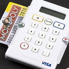 monopoly con tarjetas en vez de billetes