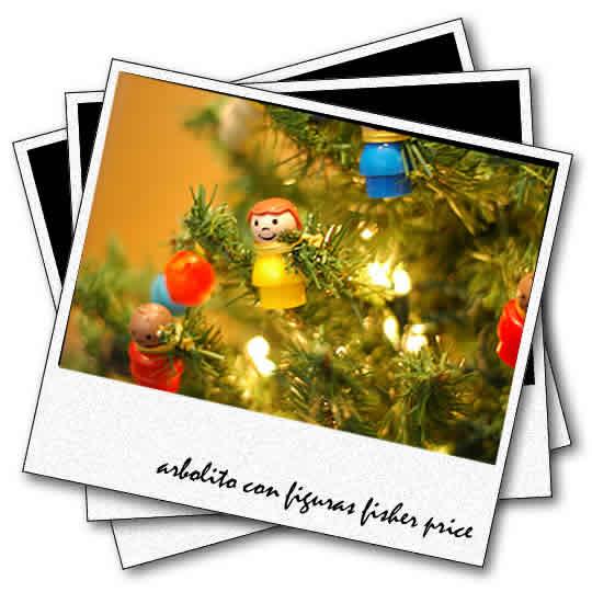 arbolito de navidad con figuras de fisher price