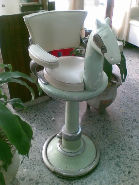 silla para cortarse el pelo de los 70s