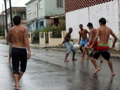 futbolito en la calle