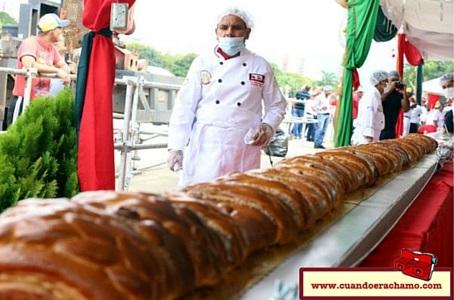 La hallaca y pan de jamón más grandes y 12 mil litros de guarapo de papelón